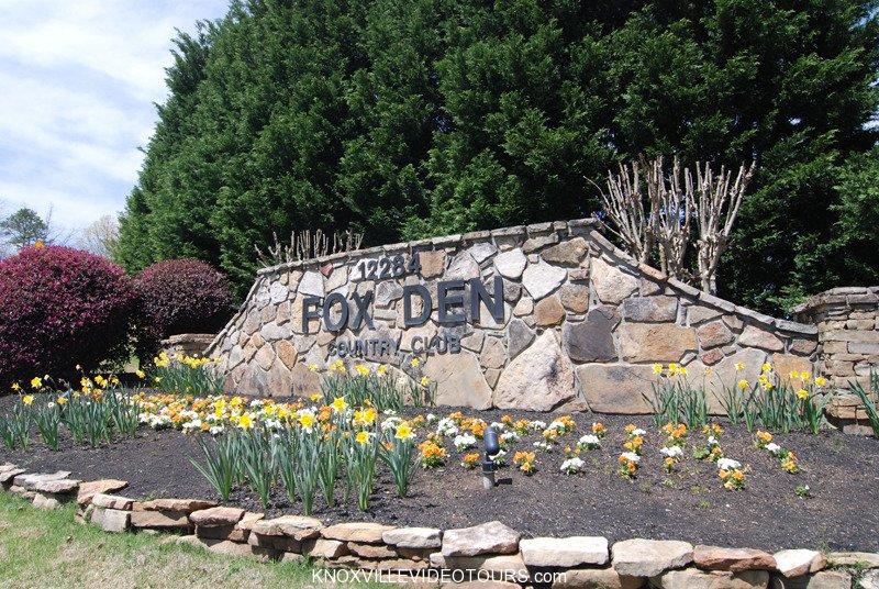 Fox Den Country Club entrance