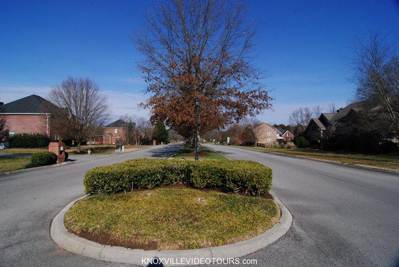 Fox Run Knoxville entrance