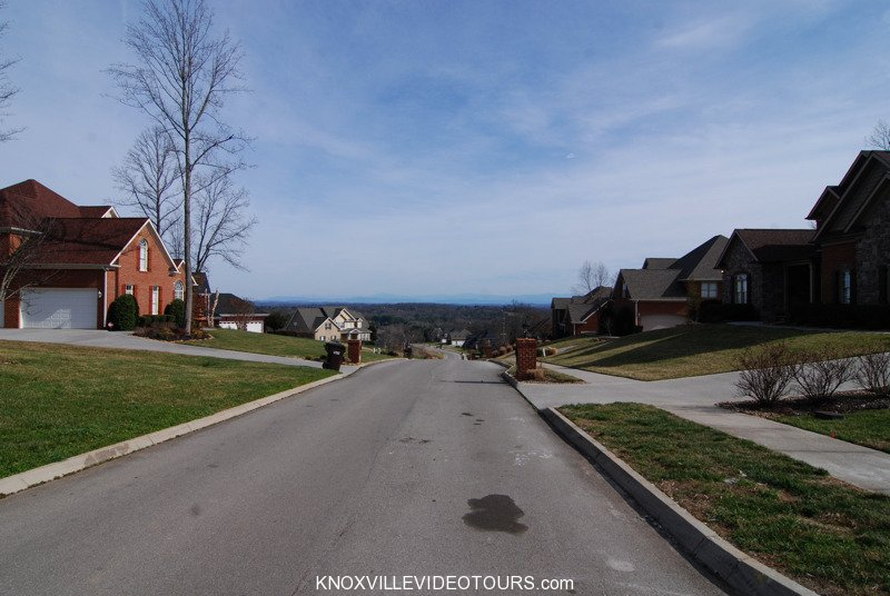 Fox Run Knoxville street view of the mountains