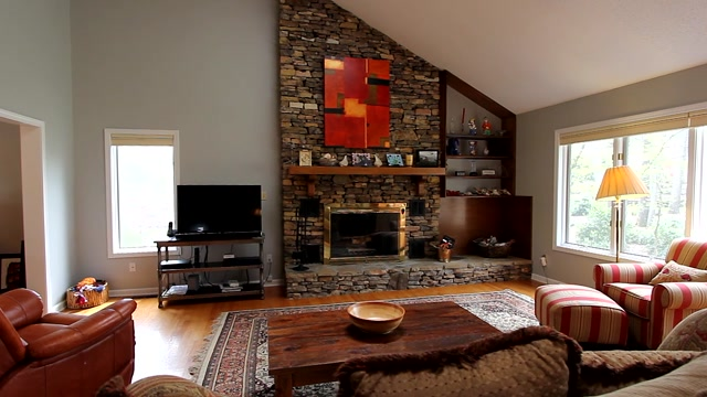 Walk-through video of great home in Tellico Village at 130 Talah Trace
