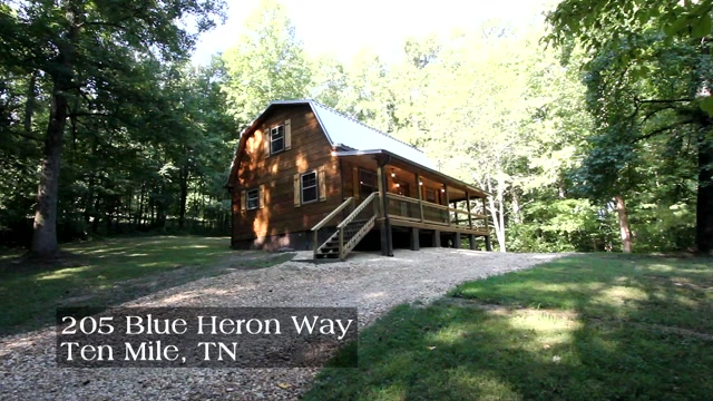 Walk to the lake from this great home in Ten Mile