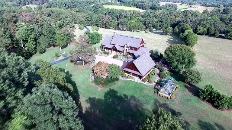 Video of luxury Timber Frame estate in Maryville on 80 acres